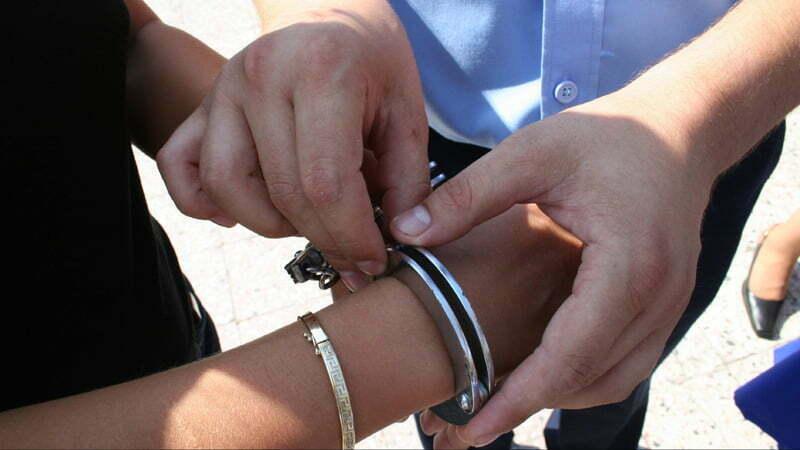 În arest după un jaf la farmacie