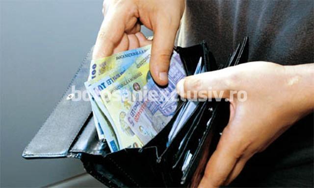 Se reintroduce salariul minim diferențiat în funcție de studii și vechime