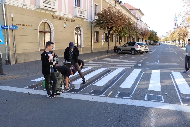 STOP victimelor pe trecerile de pieton! Zebra 3D, soluție ingenioasă pentru prevenirea accidentelor- FOTO