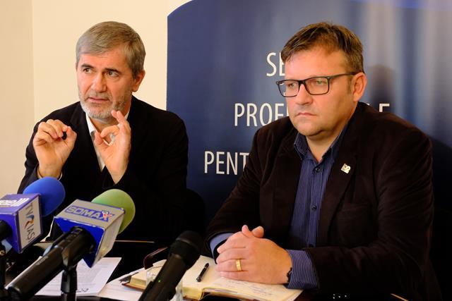 """Preşedintele Camerei de Comerţ, Industrie şi Agricultură Botoşani,  Valeriu Iftime:  """"Mă bucur că domnul Ministru Marius Budăi a înţeles mesajul nostru şi îi mulţumim"""""""