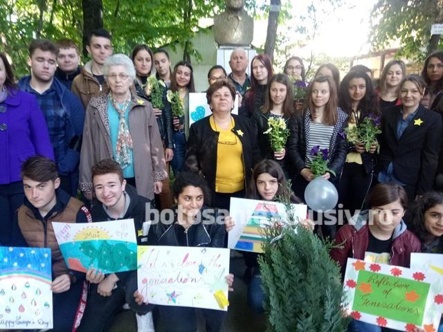 """Distracţie mare de Ziua Europei la Liceul Tehnologic """"Elie Radu"""""""