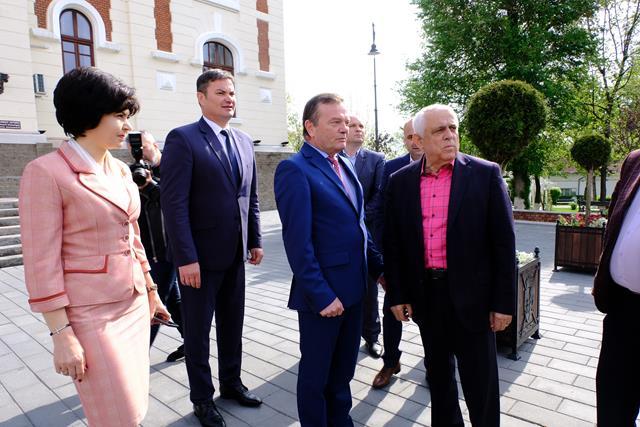 DOROHOI:  Grindina căzuta sâmbătă, în atenția ministrului Daea   -VIDEO