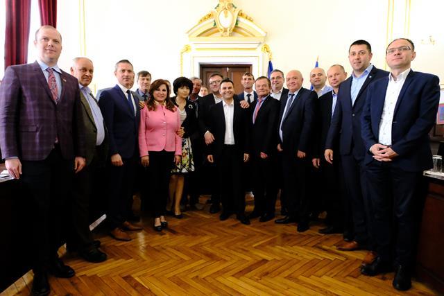 Vizită ministerială la Dorohoi. Au fost semnate șase contracte de finanţare, în valoare totală de 25 de milioane de lei -VIDEO/FOTO