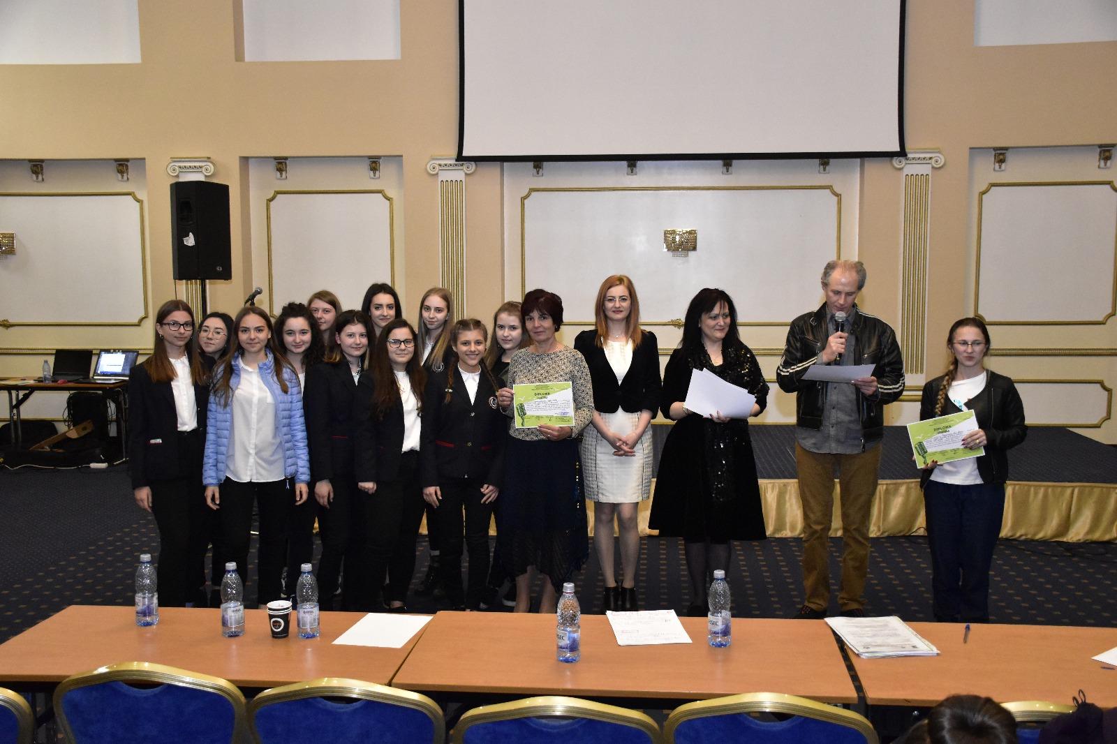 """Peste 150 de elevi au participat la proiectul județean """"Singing and Living"""""""