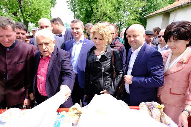 Ministrul Agriculturii a participat astăzi la a  XIII –a ediție a Târgului Expozițional de la Popăuți  -VIDEO/FOTO