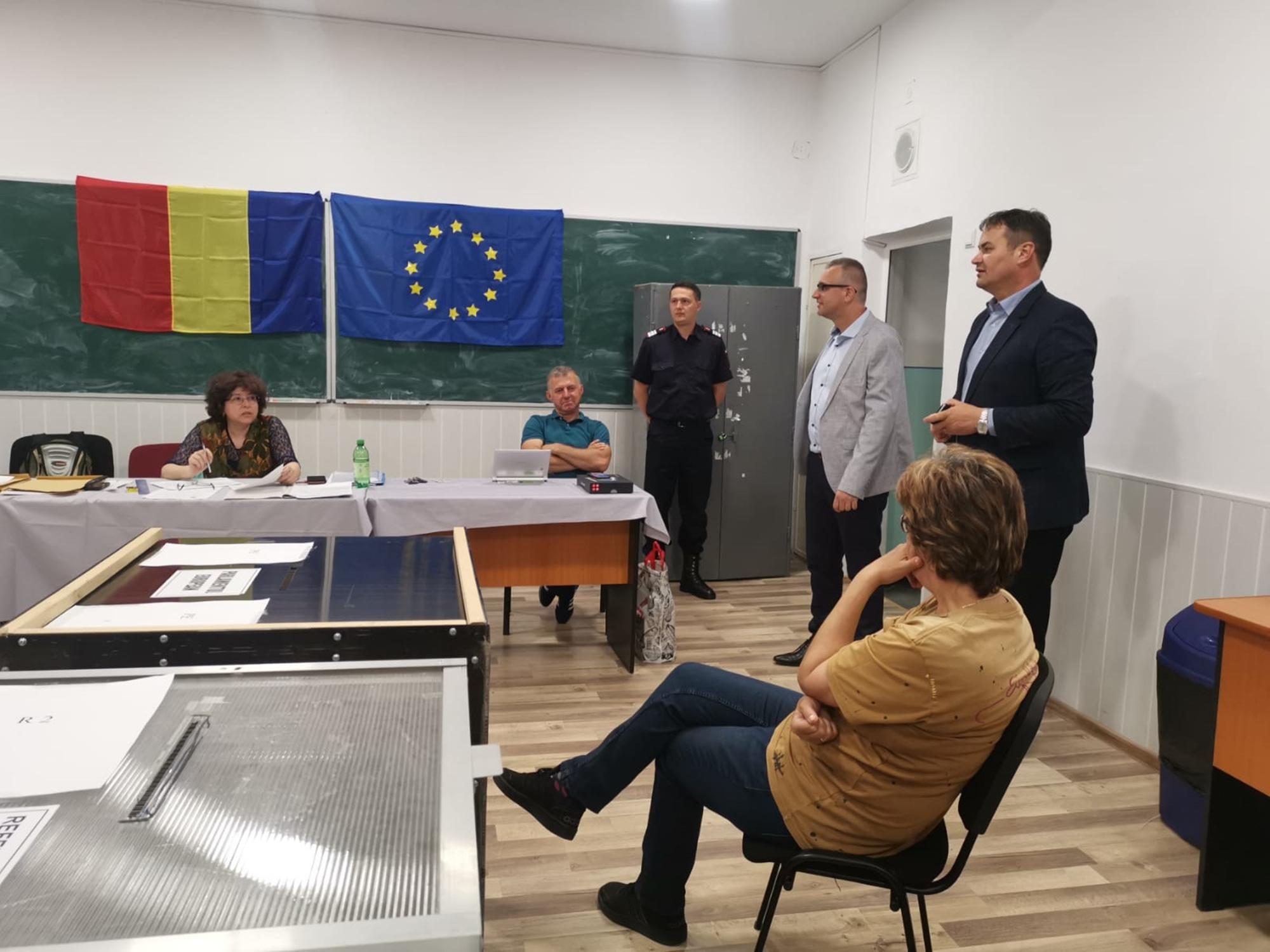 Judeţul Botoşani, pregătit din punct de vedere tehnic pentru cele două scrutine