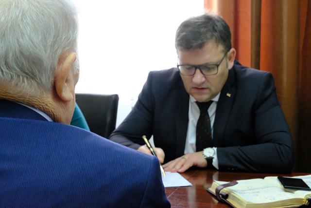 """Ministrul Muncii, Marius Budăi:  """"Asigur pensionarii și bugetarii că nu se stopează creșterile"""""""