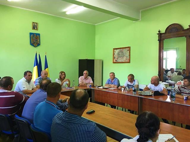 PALTINIS: Discutii cu autorităţile sanitar- veterinare pe tema virusului Pestei Porcine Africane