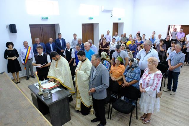 Inaugurare de CAMIN CULTURAL si CUPLURI de AUR premiate la Ziua Comunei Adaseni – VIDEO/FOTO