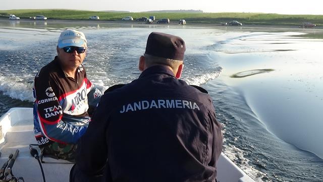 Sancțiuni aplicate de jandarmi la regimul piscicol