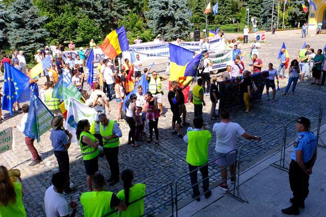 ASTĂZI la Botoșani:  Protest față de starea drumurilor din județ   -VIDEO/FOTO