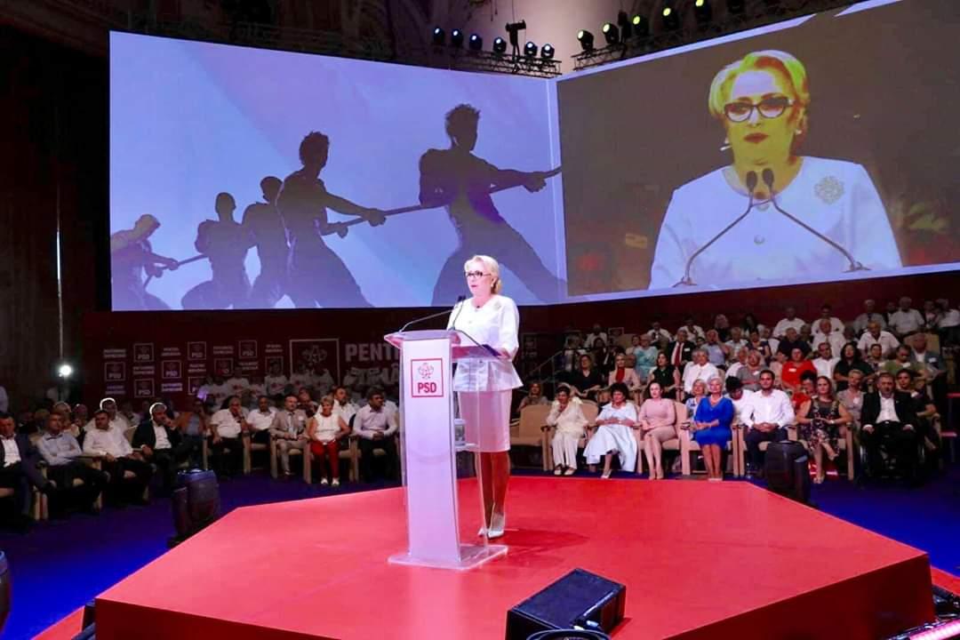 """C.P. – România trebuie condusă dintre oameni, împreună cu ei, alături de ei"""", le-a spus Viorica Dăncilă delegaților de la Congres, care i-au acordat în unanimitate votul pentru candidatura la alegerile prezidențiale"""