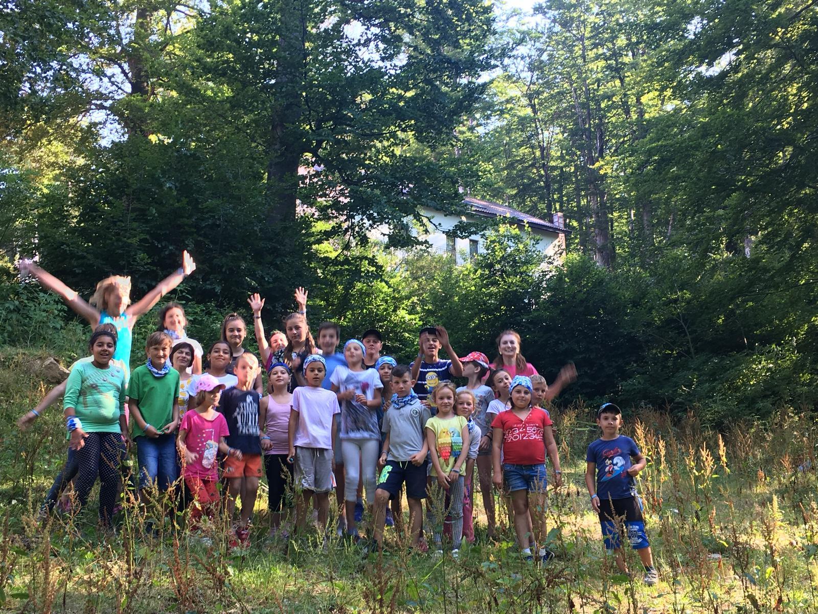 Cinci zile de vis pentru 13 copii care au participat într-o tabără de aventură sprijiniți de Asociația Avanti