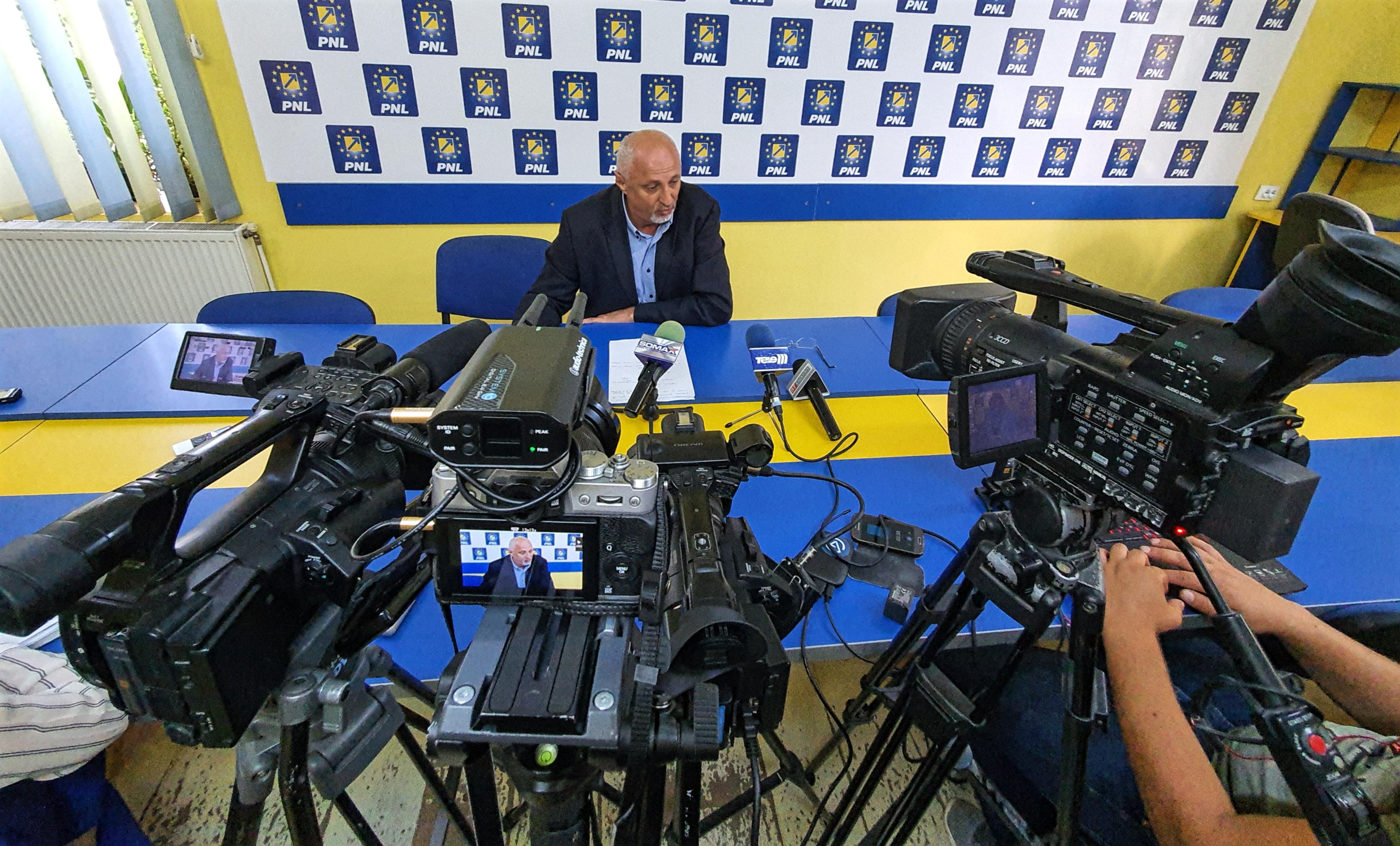 VIDEO/ Senatorul Costel Șoptică atac dur la adresa întregii conduceri a CJ-ului