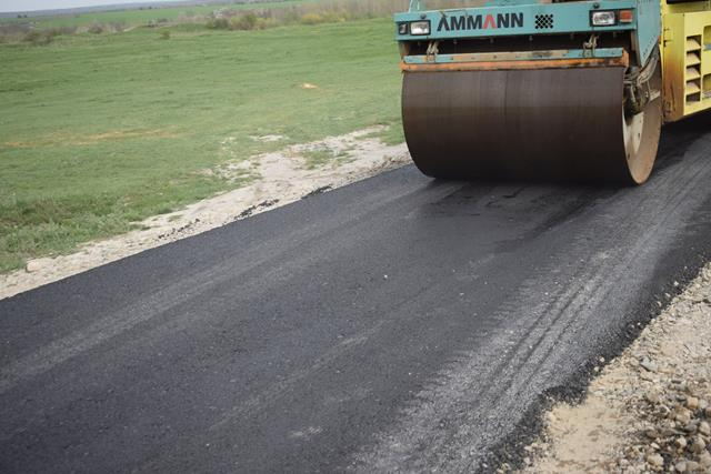 Guvernul a alocat peste 10 milioane de euro pentru modernizarea infrastructurii rutiere din localitățile Manoleasa și Corlăteni!