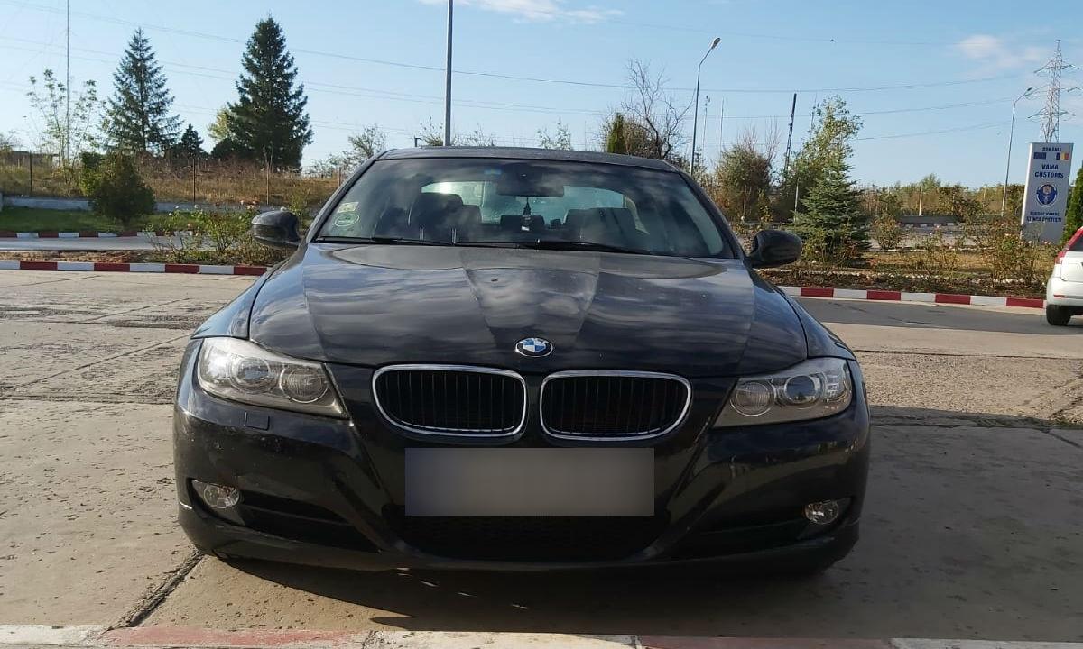 Autoturism marca BMW, căutat în Belgia şi depistat la Vama Stânca