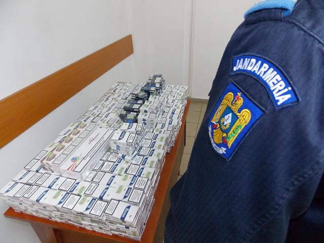Țigări de contrabandă confiscate de jandarmi