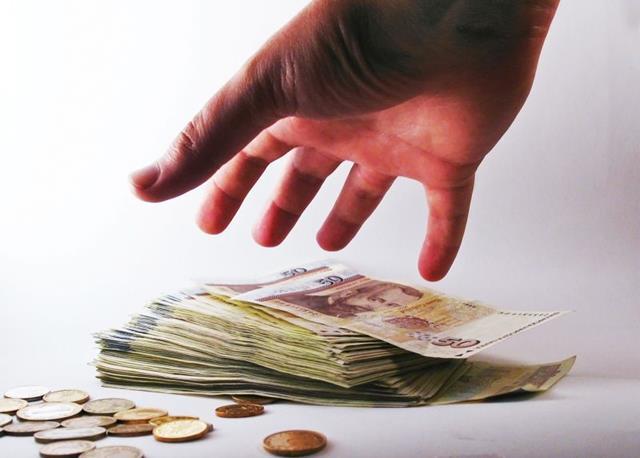 Ministrul Finanțelor propune impozitarea pensiilor mai mari de 7.000 de lei