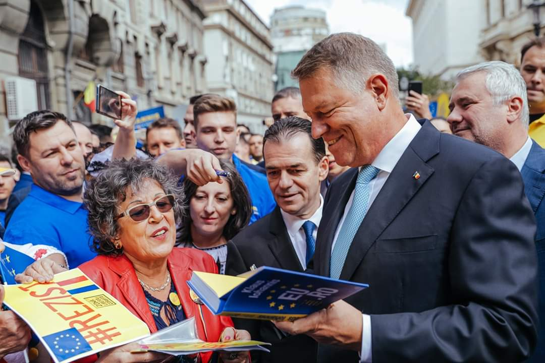 Klaus Iohannis, la depunerea candidaturii: ȘTIU ce trebuie făcut și împreună cu un guvern pro european, în jurul PNL-ului, vom face această muncă pentru români!
