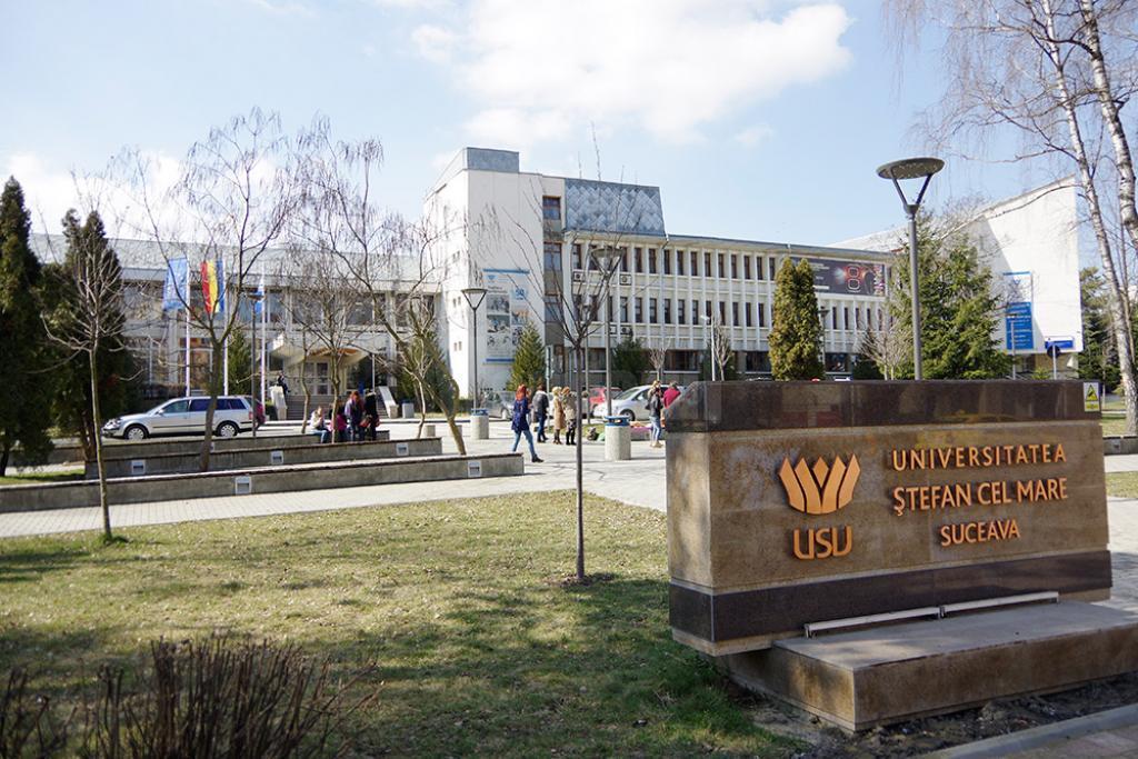 Universitari din toate colțurile lumii vorbesc despre tehnologie și conștiință la doar 30 de minute de Botoșani