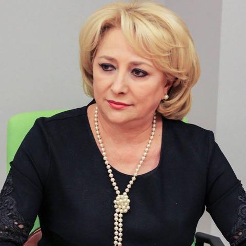 """Viorica Dăncilă:  """"Crizele lui Iohannis nu ar trebui să fie și crizele României"""""""