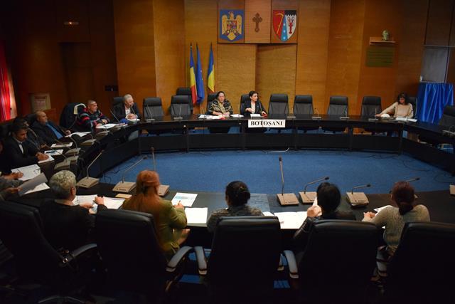 Strategia de incluziune a persoanelor de etnie romă, dezbătută astăzi la Prefectură
