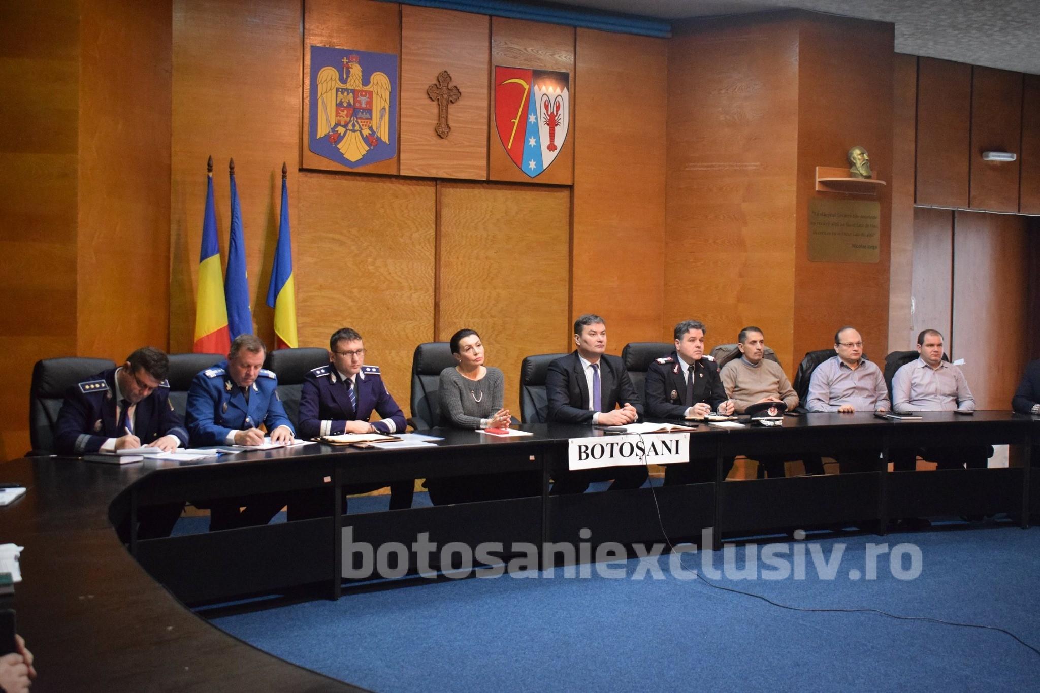 Videoconferinţă convocată de noul ministru al Afacerilor Interne, pe tema organizarii alegerilor