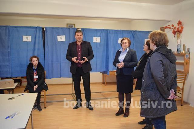 Verificări ale prefectului în secțiile de votare
