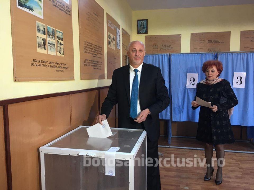 Președintele PNL Botoșani, Costel Soptica , a votat la ora 11.00. VEZI declarații la cald– FOTO