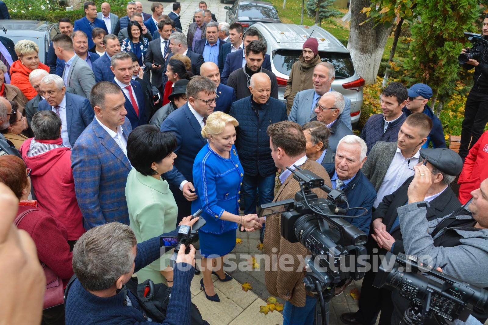 """Doina Federovici: """"Le mulțumim botoșănenilor pentru încrederea acordată! Mai avem nevoie de un vot pentru a face schimbarea! Viorica Dăncilă, un președinte aproape de oameni!"""""""