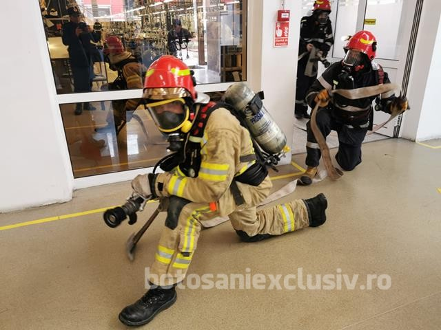 FOTO / Exercițiu în zona industrială a municipiului Botoșani. A fost aplicat PLANUL ROȘU DE INTERVENȚIE