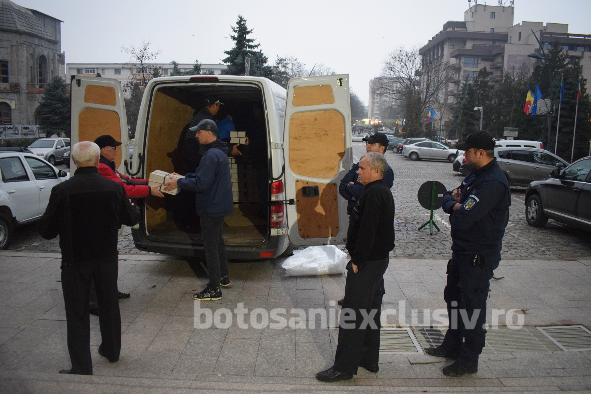 ALEGERI PREZIDENȚIALE:  Au ajuns buletinele de vot repartizate judetului Botoșani, pentru turul doi al alegerilor