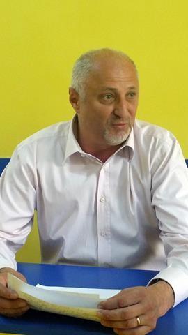 Început de campanie electorală cu STÂNGUL pentru președintele PNL Botoșani, Costel Soptica. Acesta a rămas fără permis de conducere
