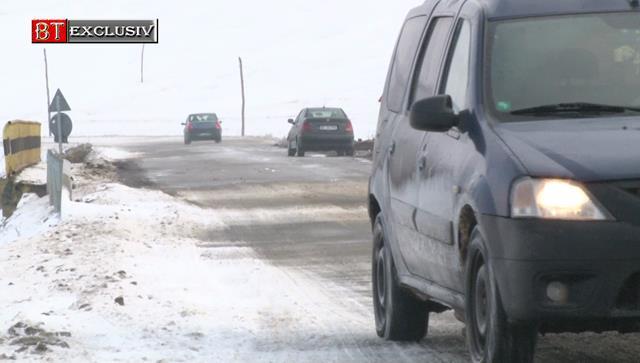 Drum județean închis din cauza căderilor de zăpadă