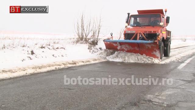 Drumarii au scos utilajele din baze, la deszăpezit