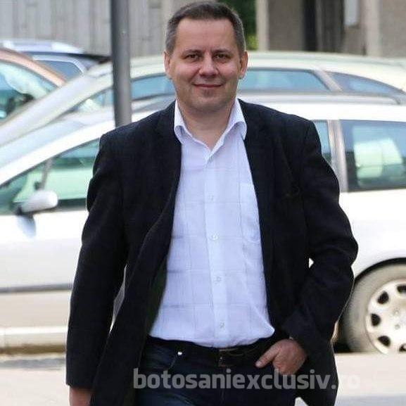 """Marius Oroșanu: """"Toată campania am încercat să conving oamenii că PSD minte, iar PNL, cât va fi la putere, nu va scădea veniturile și nu va adopta măsuri de austeritate.    Acum constat că am fost mințit sau manipulat"""""""