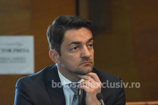 """""""Liberalii botoșăneni se bat cu pumnii în piept că vor aloca fonduri pentru drumurile din Botoșani! Banii au fost deja alocați și toate procedurile au fost realizate în Guvernarea PSD"""""""