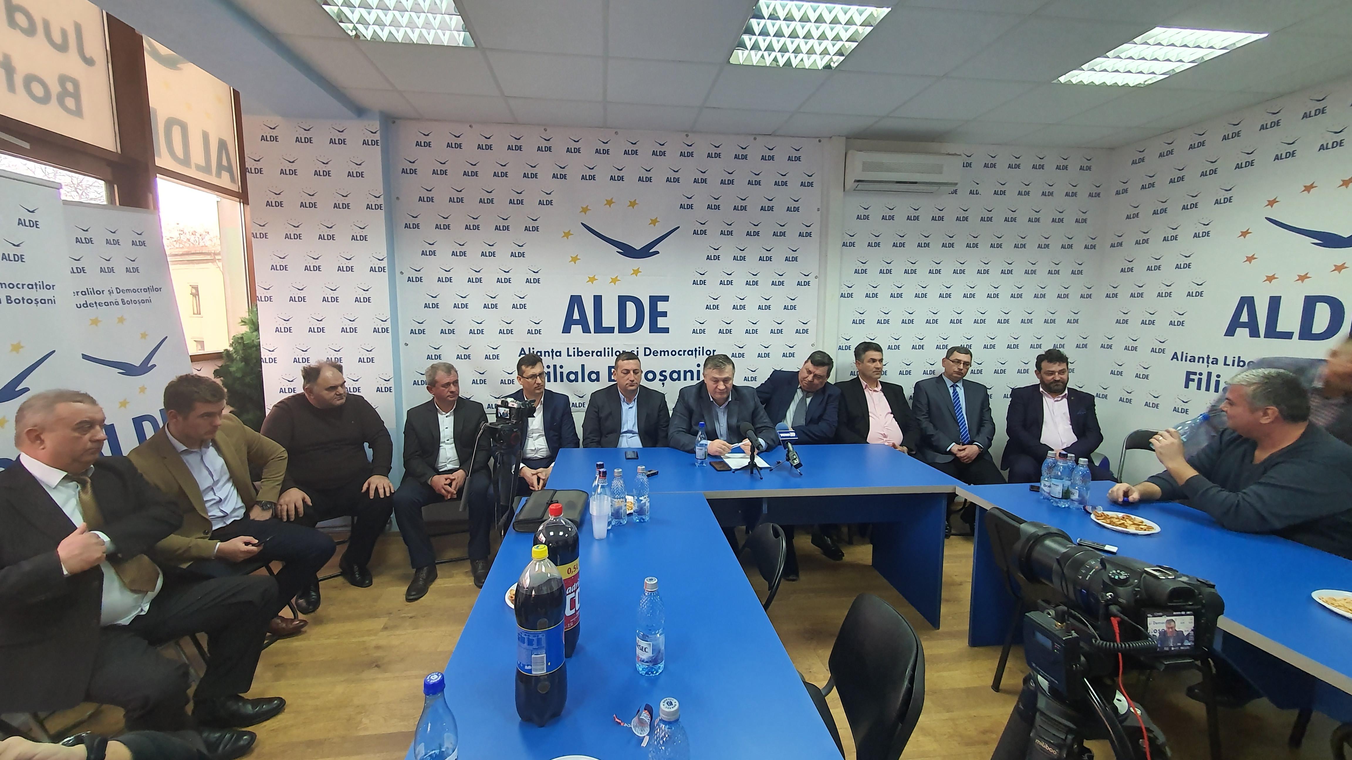 Conducerea ALDE Botosani a prezentat astăzi în fața presei înca 10 candidați pentru primăriile din județ