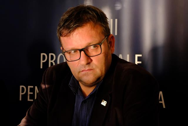 """Deputatul Marius Budai nominalizat la categoria """"Politicianul anului"""", in cadrul Galei Nationale a Excelentei in Asistenta Sociala"""