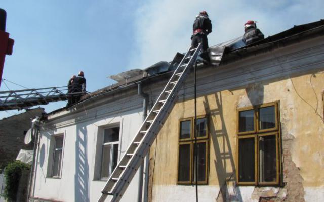 142 de misiuni în ultima săptămână efectuate de pompierii botoşăneni