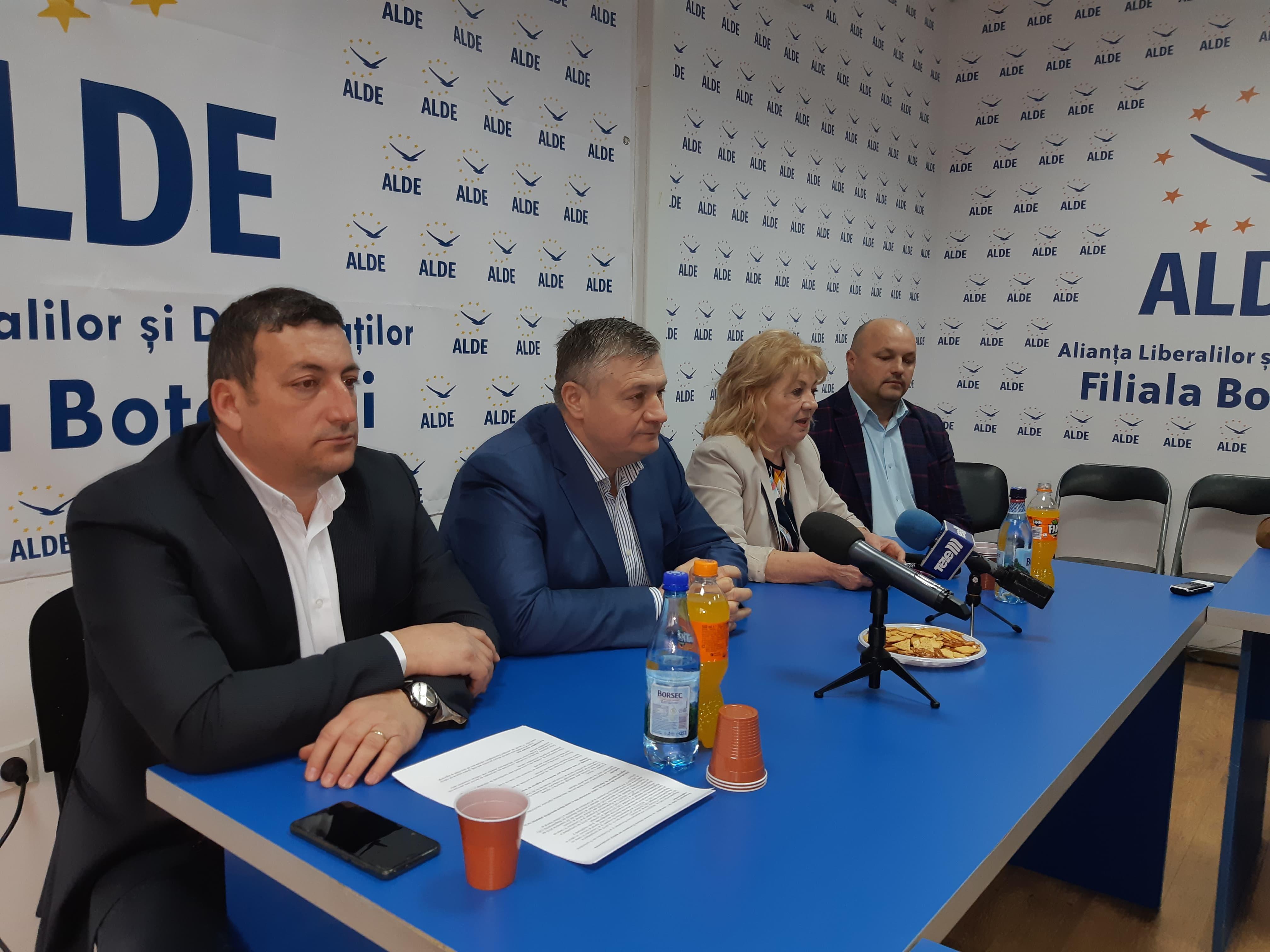 """CP ALDE Botoșani: """"Lăsați jocurile politice și gestionați criza aceasta, epidemia despre care vom ști tot mai puține în perioada următoare pentru că doriți să ne țineți în întuneric!"""""""