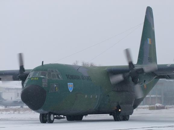 Transport aerian cu 45 de tone de echipamente medicale din Coreea de Sud, cu o aeronavă NATO