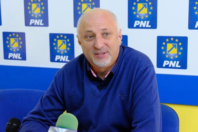 """SENATOR COSTEL ȘOPTICĂ:  """"Este imperios necesar să sprijinim mediul de afaceri"""""""