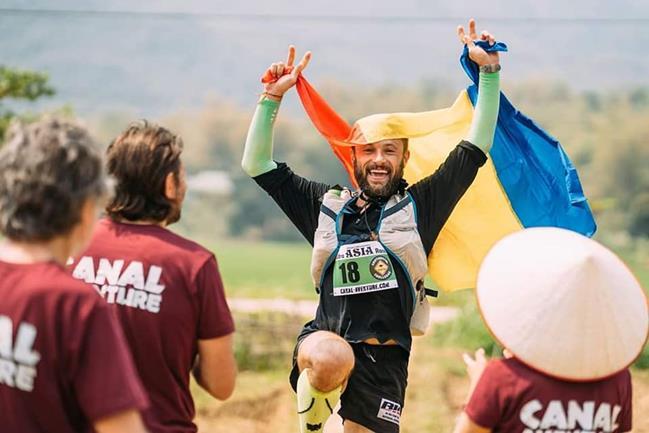 """Iulian Rotariu este câștigătorul ultramatatonului """"Ultra Asia Race"""" Vietnam!"""