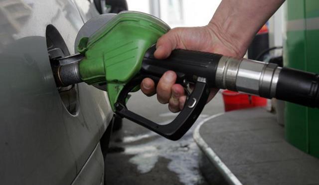 Guvernul dă OUG pentru benzină și motorină