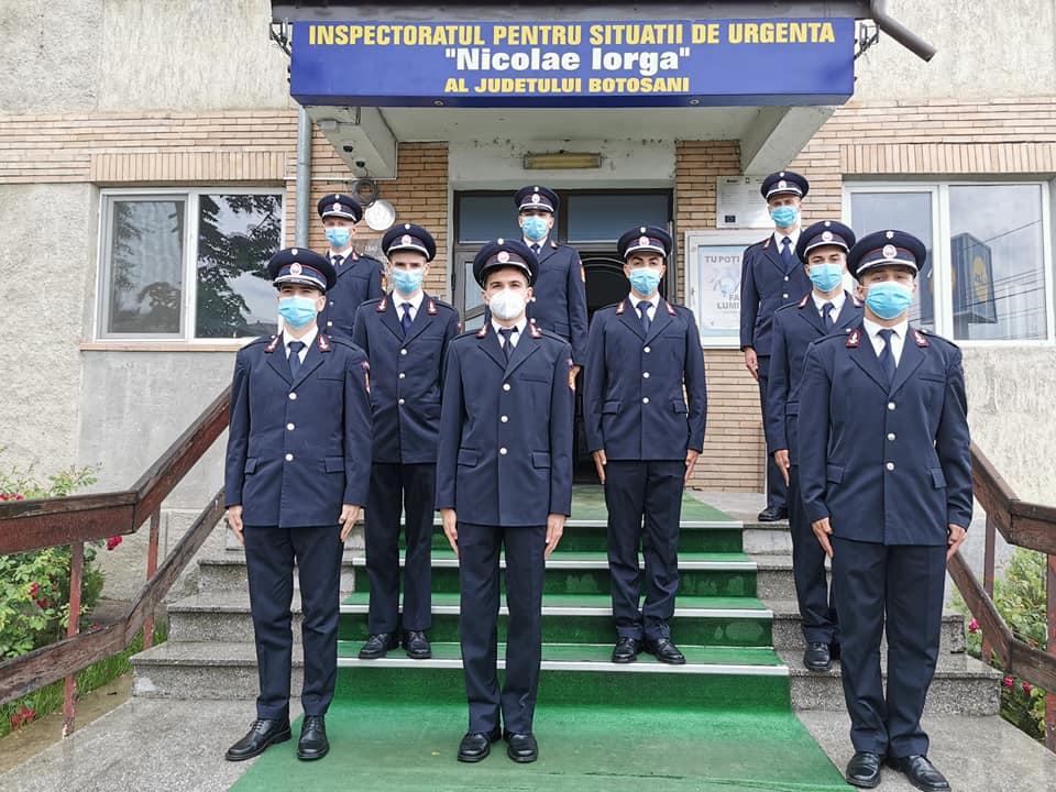 Nouă viitori pompieri au depus jurământul militar, la sediul ISU Botoșani