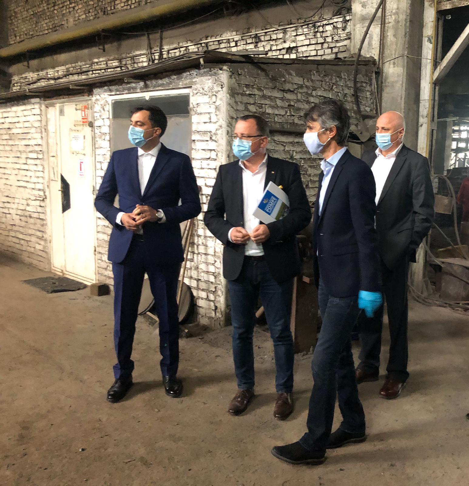FOTO/ Vizită MINISTERIALĂ la Compania Mecanex SA Botoșani, singurul producător de pompe pentru irigații din România