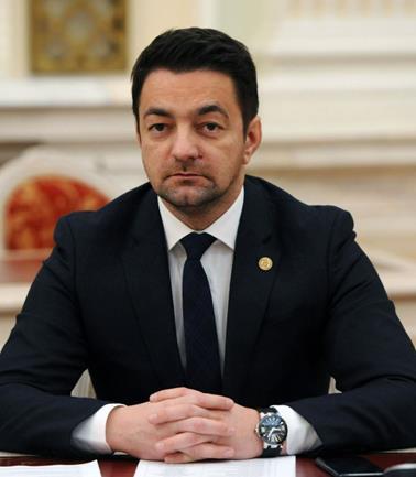 Gheorghe Flutur a întinat și a batjocorit opera marelui compozitor Ciprian Porumbescu pentru a-i aduce osanale șefului său de partid Ludovic Orban