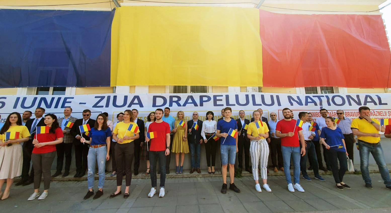 VIDEO/   Social democrații botoșăneni au marcat astăzi Ziua Drapelului Național