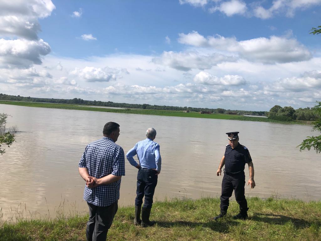 Bani de la guvern pentru localitățile afectate de inundații